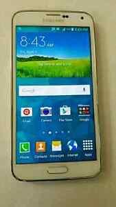 Mint Samsung Galaxy S5 unlocked