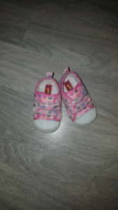 Baby girl shoes 6 to 9 months