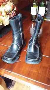 Winter black leather booths size 36 fits 6-6 1/2 Cambridge Kitchener Area image 2