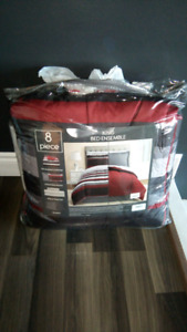King Bed in a Bag Set (brand new)