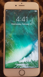 Unlocked 64 GB iPhone 6S Excellent condition