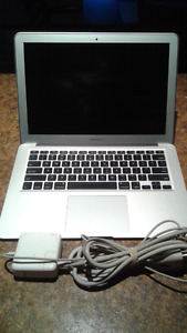 "*No power as is* Apple MacBook Air ""Core i5"" 1.3 13"" (Mid-2013)"