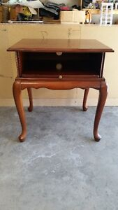 BOMBAY COMPANY CHERRY WOOD TV/DVD & CONTROL BOX STAND. KELOWNA