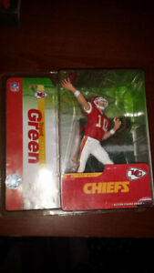 TRENT GREEN Kansas City Chiefs Quarterback Football Figure