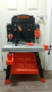 Black +Decker Tool Bench