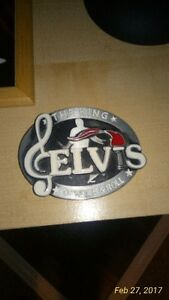 SELLING MY ELVIS COLLECTIBLES.