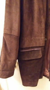 BEAUTIFUL CHOCOLATE BROWN SUEDE CAR COAT Cambridge Kitchener Area image 4
