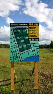 Land for sale in peaceful Montague!
