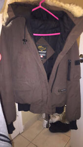 Coats for sale London Ontario image 2