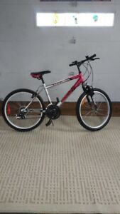 21 speed bike, excellent condition!!