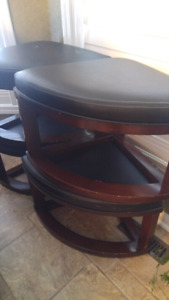 fore small otomen used is table or chair .have four