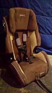 Safety First Car Seat Kitchener / Waterloo Kitchener Area image 3