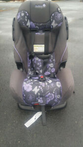 Safety 1st Car Seat- EXCELLENT CONDITION. 3-IN-1