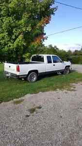 Great work Truck!!!. Selling because I need a car cheap on gas
