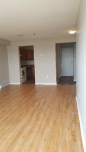 DOWN TOWN HALIFAX, 2 BEDROOM APARTMENT AVAILABLE SEPTEMBER 1ST