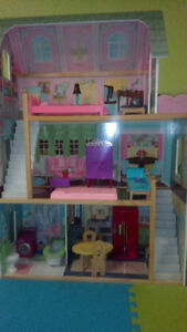 KidKraft Doll House - Cozy Country Cottage & Accessories