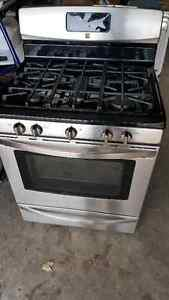 Gas Range - Great Condition
