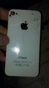 broken apple iphone 4 but probable fixable