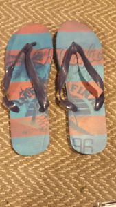 Men's brand new thong sandles