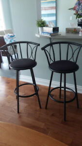 Beautiful Bar/Counter Stools (2) $30 EACH-Perfect Cond.Oakville