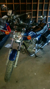 suzuki gs550 2300 obo open to trades