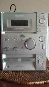 Sony radio & CD player Windsor Region Ontario image 3