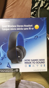 Wireless Headset for ps4 Also work on phone brand new !!!!