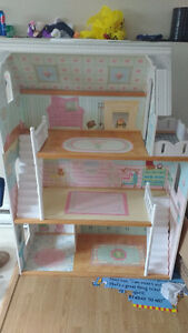 4 foot Dollhouse