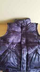 Boys Size 10 (L) Gap Kids Puffy Vest  Kitchener / Waterloo Kitchener Area image 1