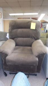 New lift chair. $499.