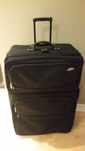 Samsonite Rolling Luggage $75 Black