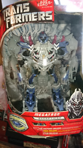 TRANSFORMERS MOVIE 2007 LEADER CLASS MEGATRON