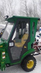 gratte reversible et cabine pour tracteur 1026,25 ou 23 Saguenay Saguenay-Lac-Saint-Jean image 5