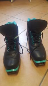 cross-country ski boots (NNN binding), size 10