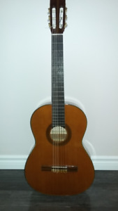 Vintage Classical/Flamenco guitar. Made in Japan.