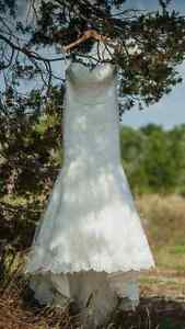 Lace and beaded fit and flare ivory wedding dress Kingston Kingston Area image 1