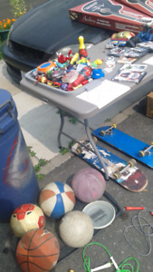 Garage sale happening Right Now