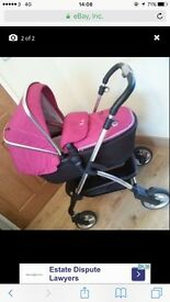 Silver cross Pram comes with matching car seat