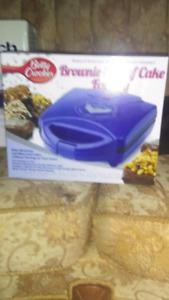"Betty Crocker ""Brownie & Loaf Cake Factory"""
