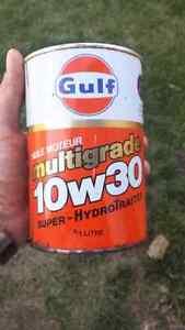 Gulf and havoline metal oil  cans. Edmonton Edmonton Area image 1
