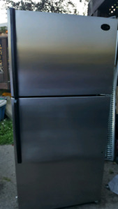 Whirlpool 18 cubic stainless steel fridge