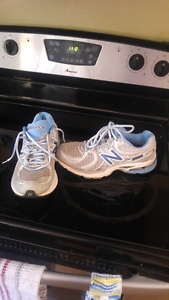 New Balance Woman's Running Shoes