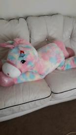 Bnwt large unicorn