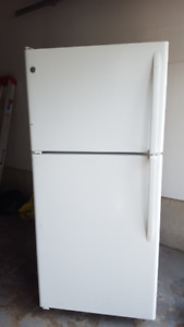 medium-sized GE refrigerator