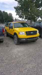 2004 Ford F-150 FX4 Pickup Truck **PRICE REDUCED AGAIN**