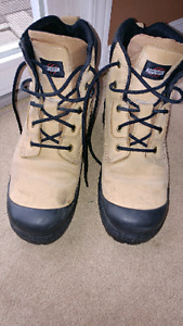 Work boots size 10.5