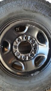 4 GMC/CHEVY 2500HD RIMS WITH AVALANCHE XTREME LT265/75/16