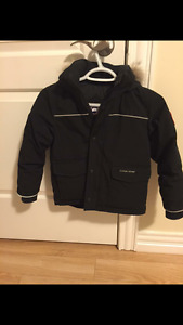 Kids Canada Goose Size 6-7