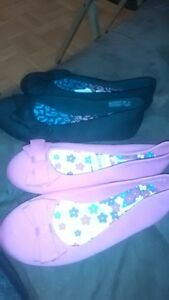 NEW sz 2 shoes 10.00 each pr