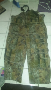 MEN'S SIZE 3X INSULATED CAMO OVERALLS